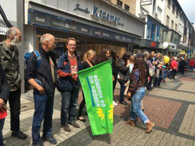Hand_in_Hand_gegen_Rassismus.Bochum_2016_k